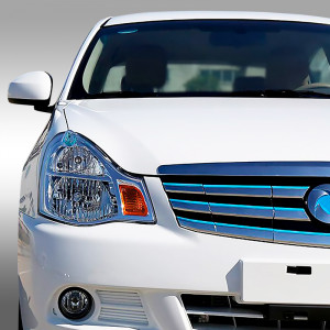 Dong Feng E11k_electric_sedan_white_001